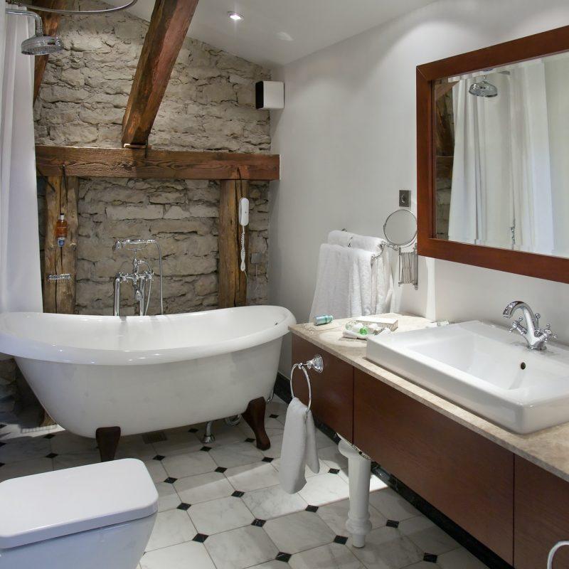 a-hotel-bathroom.jpg